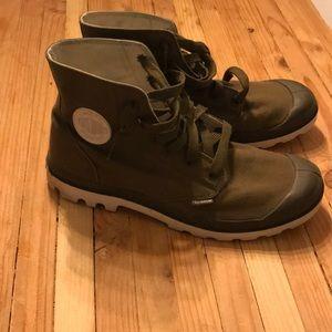 Men's 11.5 Palladium boots